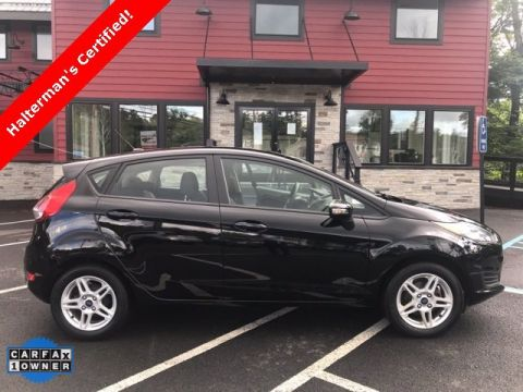 Pre-Owned 2017 Ford Fiesta SE Front Wheel Drive 4D Hatchback